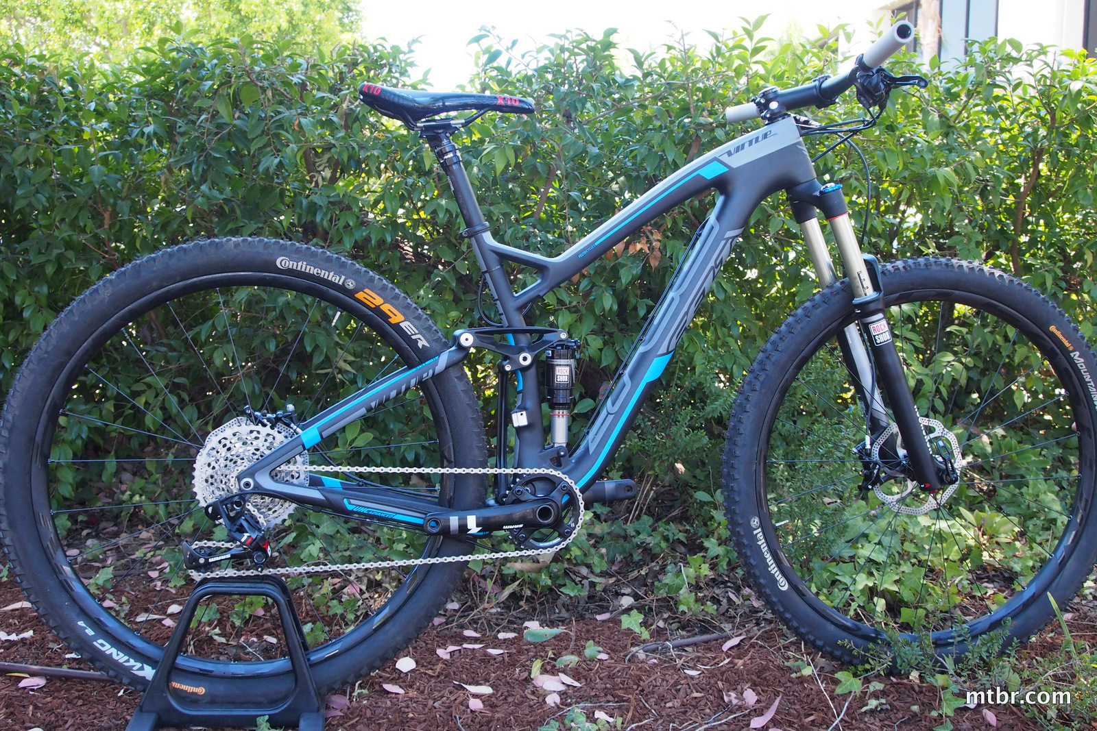 Felt Virtue Nine Side Profile