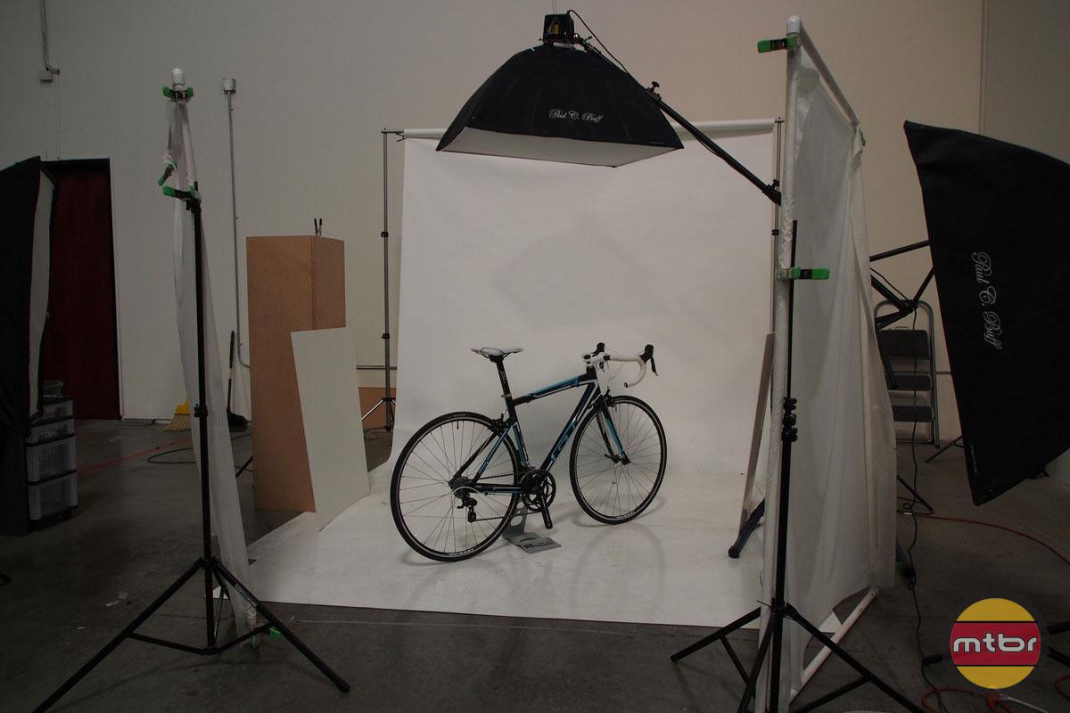 Jenson USA Photo Studio