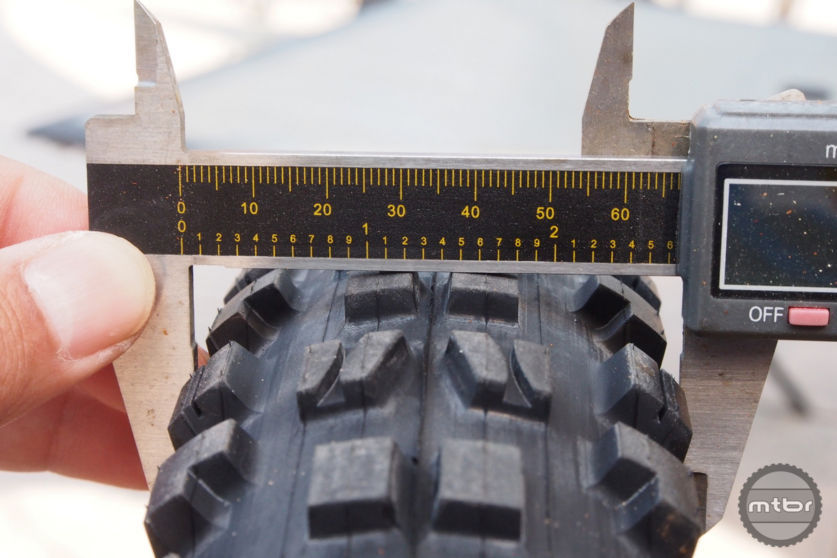 Width for the 27.5x2.8 is 67mm.