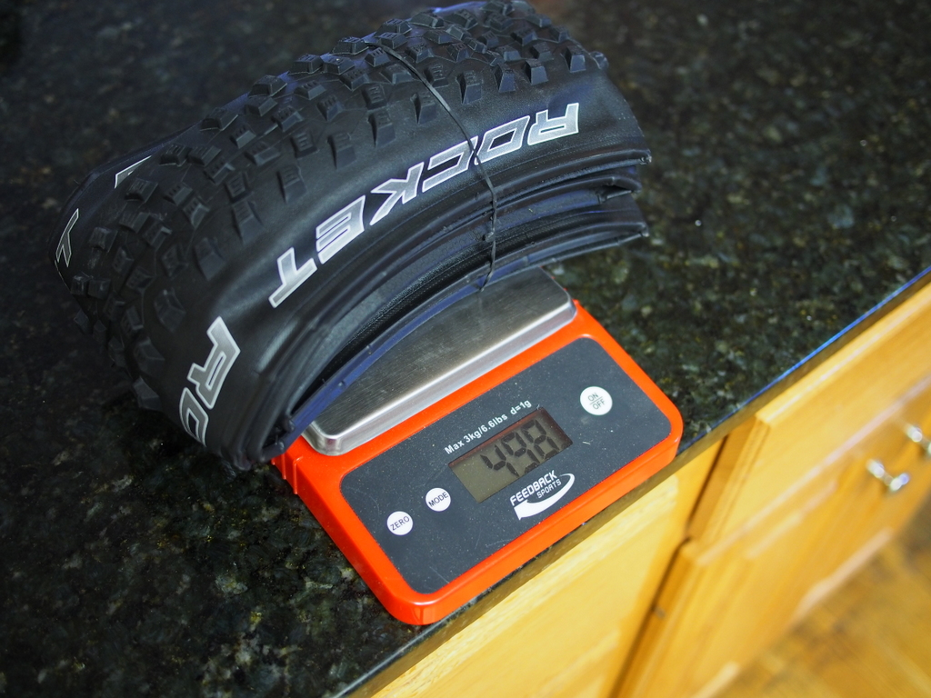 Schwalbe Rocket Ron 650b weight