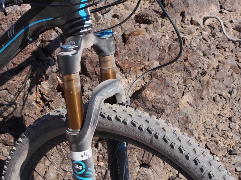 Scott Genius 700 120/150 Talas 650b fork