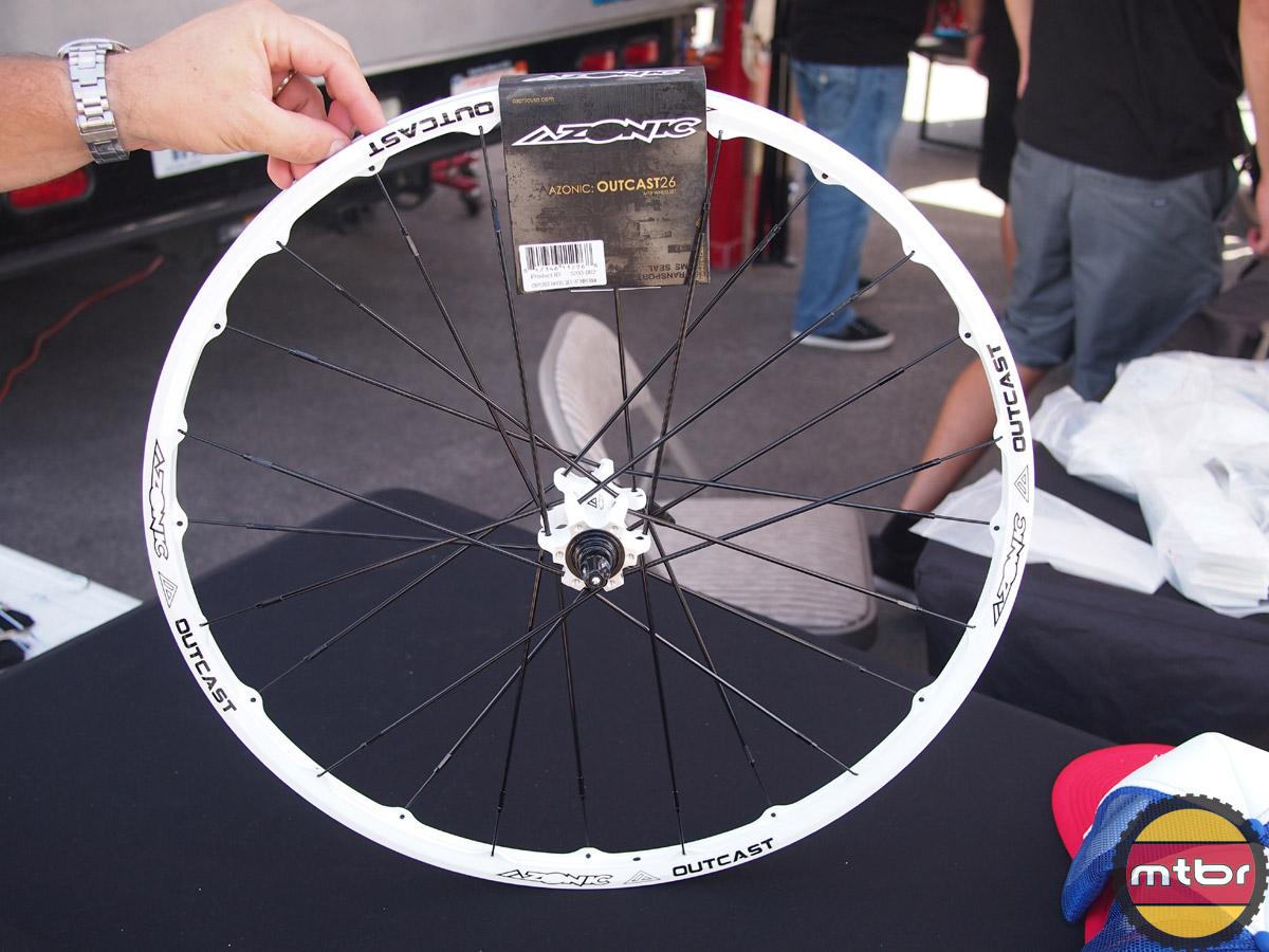 Azonic Outcast 26 MTB Wheelset