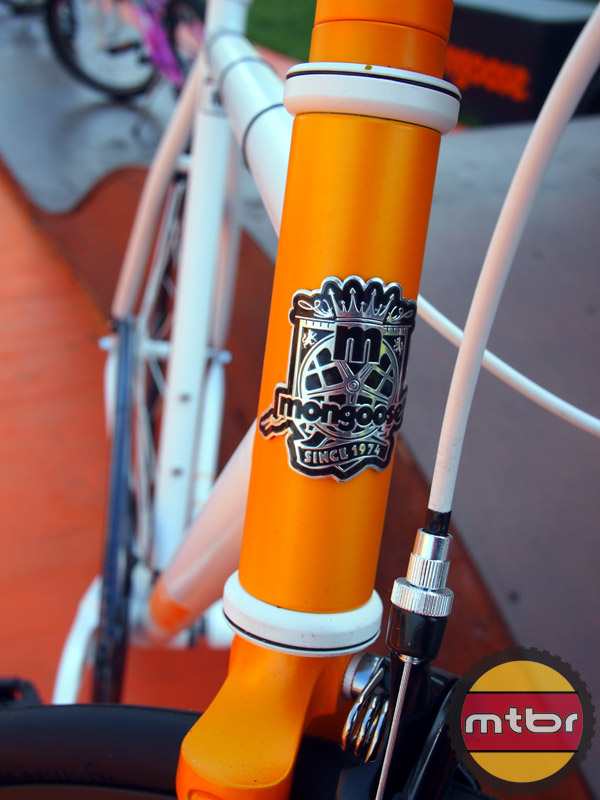 Mongoose Maurice fixie - head badge
