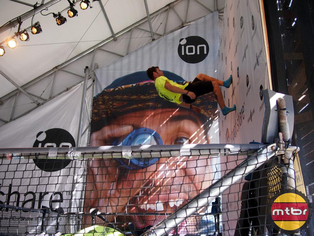 Ion trampoline jumper