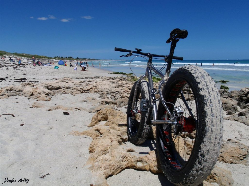 Beach/Sand riding picture thread.-pa131021-large-.jpg