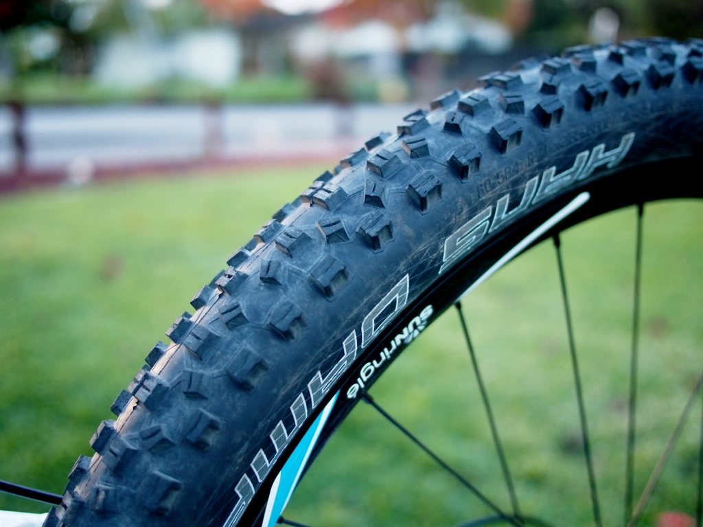 Schwalbe Hans Dampf 650b on Norco Sight