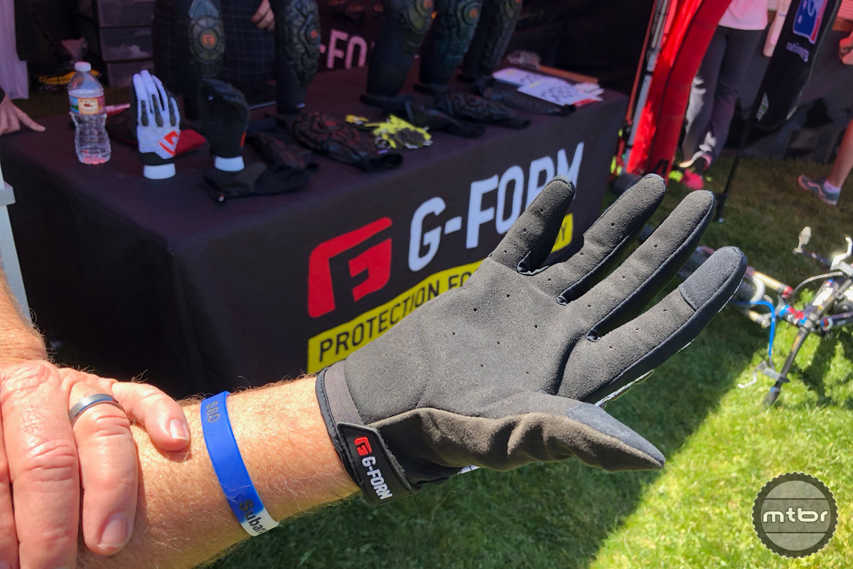 G-Form Pro Trail