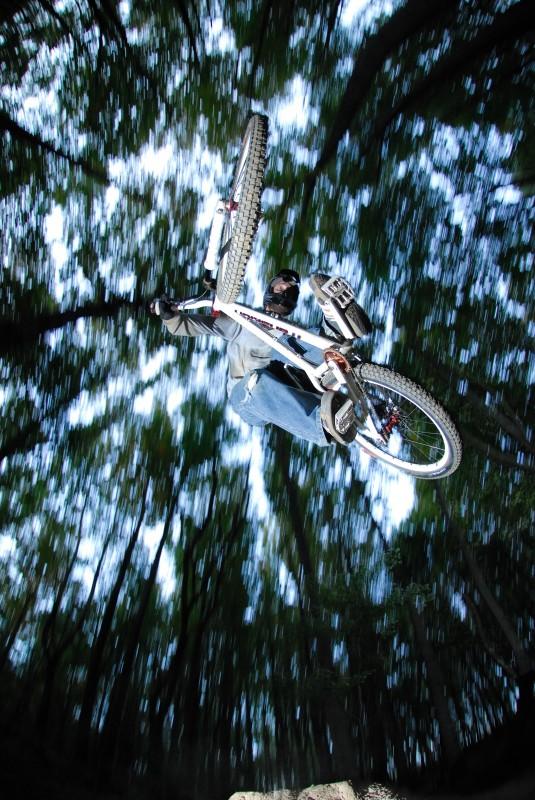 Transition Bikes in midair!-panning-hank.jpg