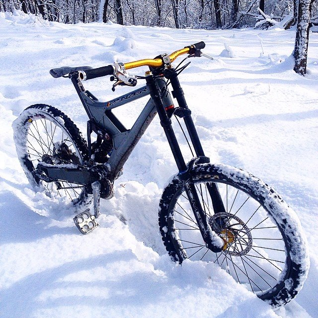 Show us a picture of your 26er MTB that you still use on the trails-panzer.jpg