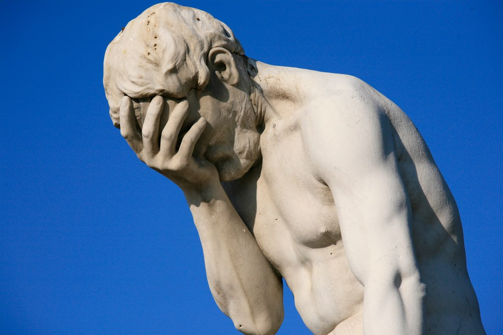 This Thread is all about Bridges-paris_tuileries_garden_facepalm_statue.jpg