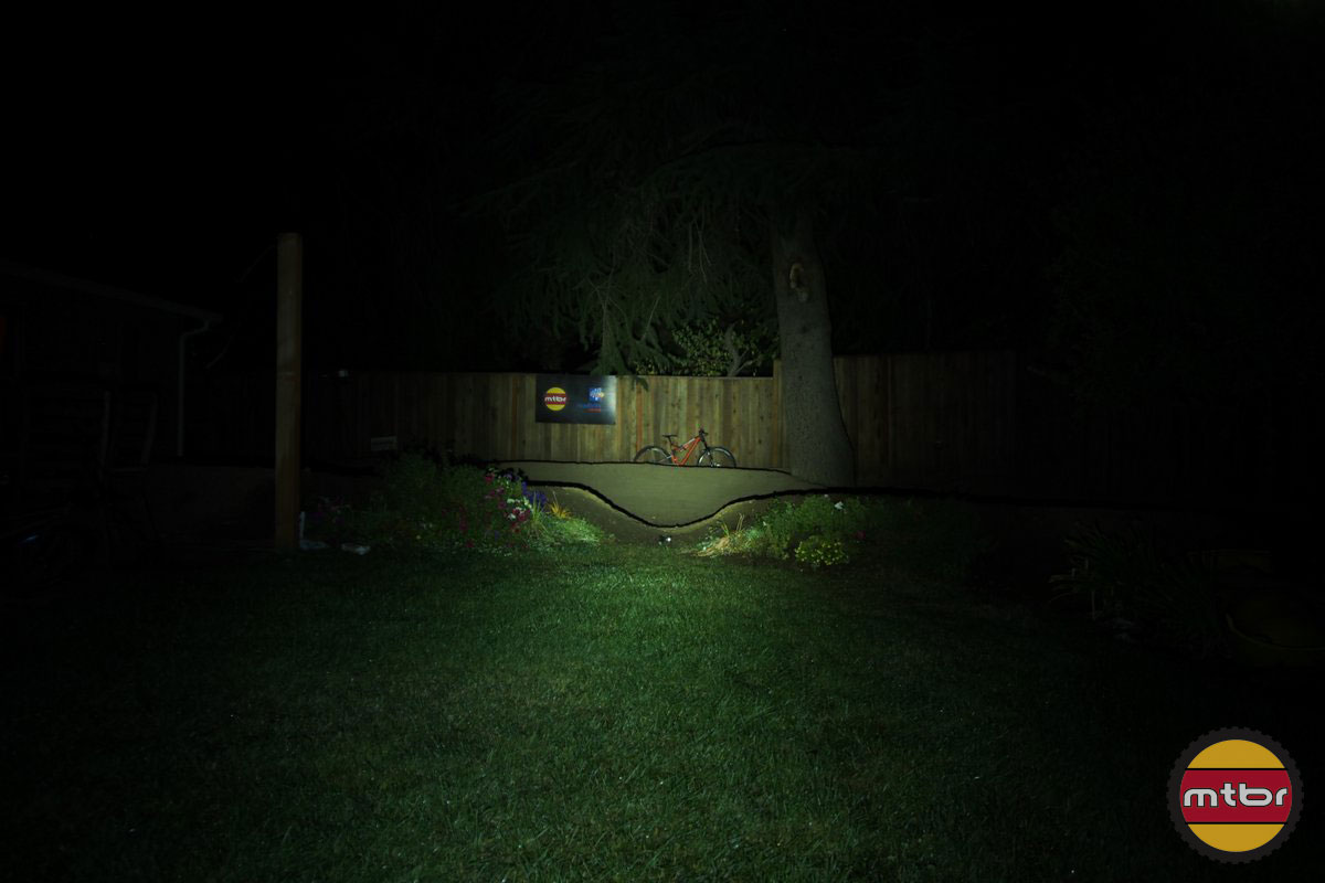 Gloworm X1 Backyard Beam Pattern