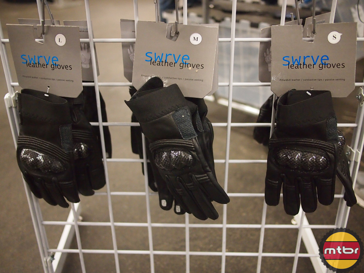 swrve leather gloves with carbon protection