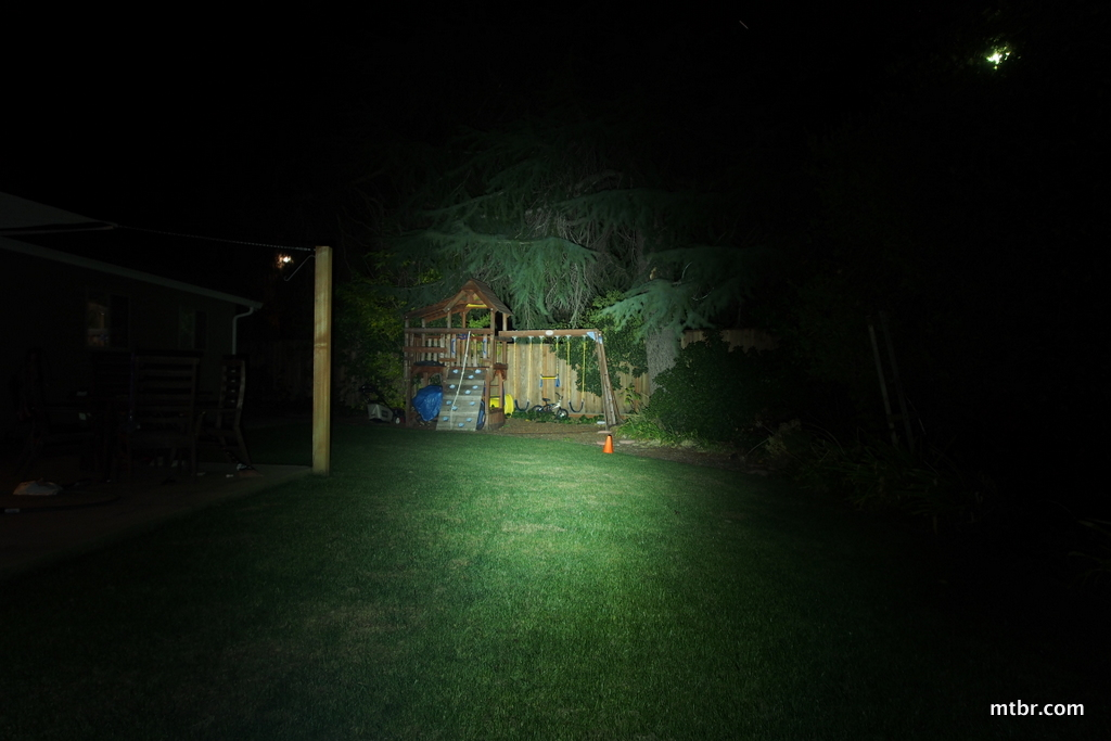 Gemini Xera Flashlight Backyard Beam Pattern