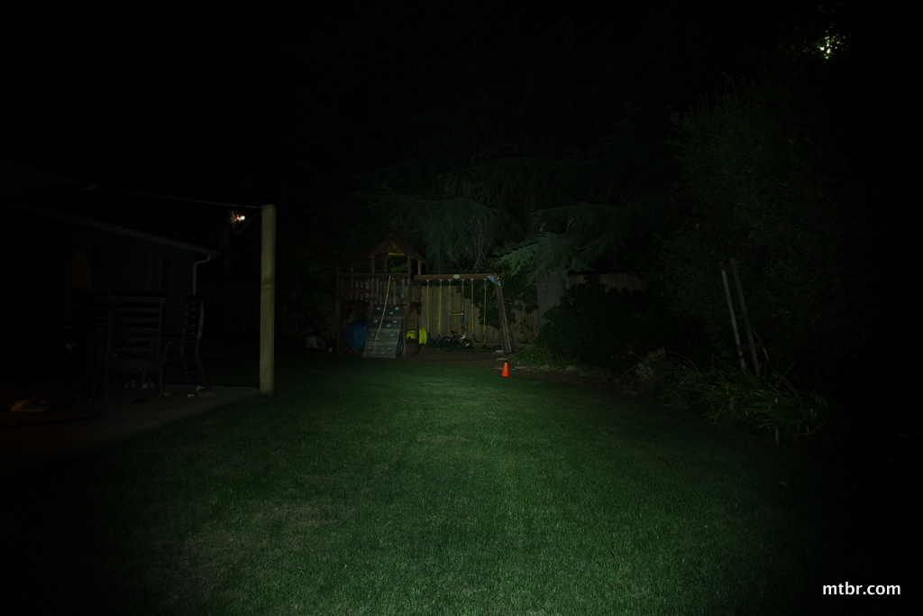 Light & Motion Vis 360+ Backyard Beam Pattern