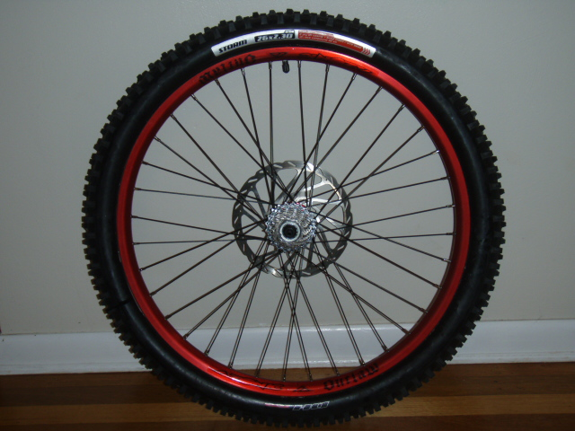 Specialized Storm DH Tire-pc050839.jpg