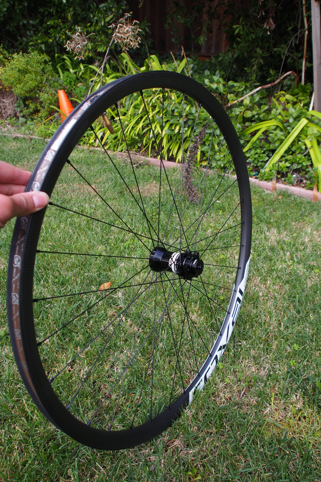 Specialized Control 29 Carbon Wheels front wheel