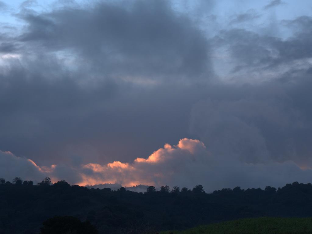 Sunrise or sunset gallery-pc120074.jpg
