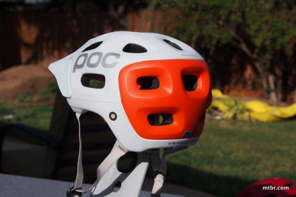 Mtbr All Mountain Bike Helmet Shootout-pc180002.jpg
