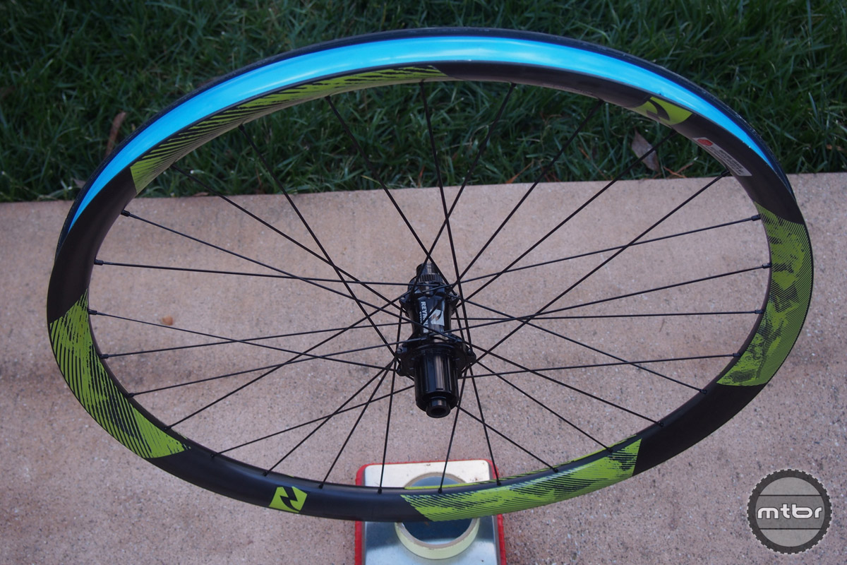 Reynolds 27.5 Enduro rear profile in Shimano and center lock form.