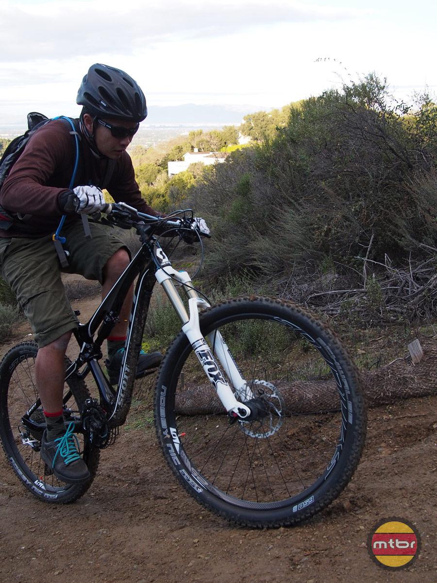 Scott Genius 720 - francis climbing