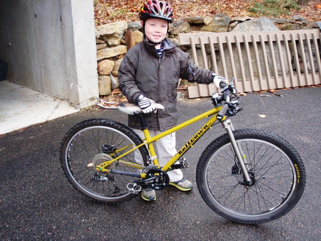 Need Advise on custom Mtb for my 5 year old-pc221042.jpg