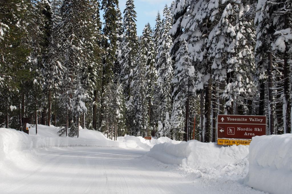 Yosemite in the winter-pc290347.jpg