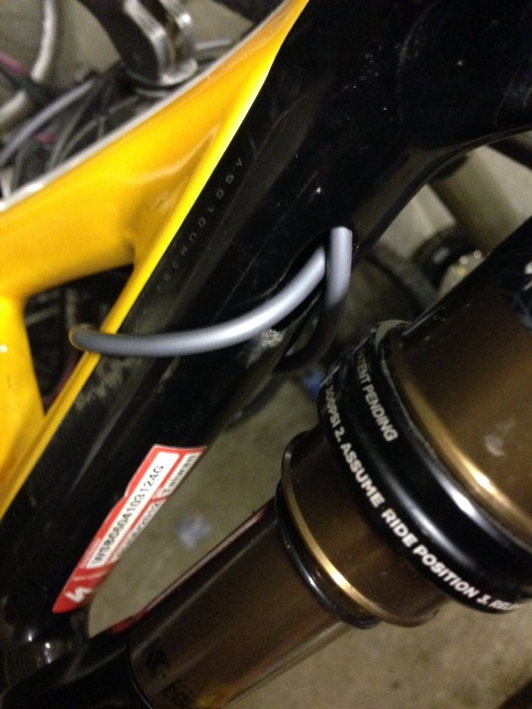 Rockshox Reverb dropper post on Carbon Stumpjumper (internal guide)-photo-1.jpg