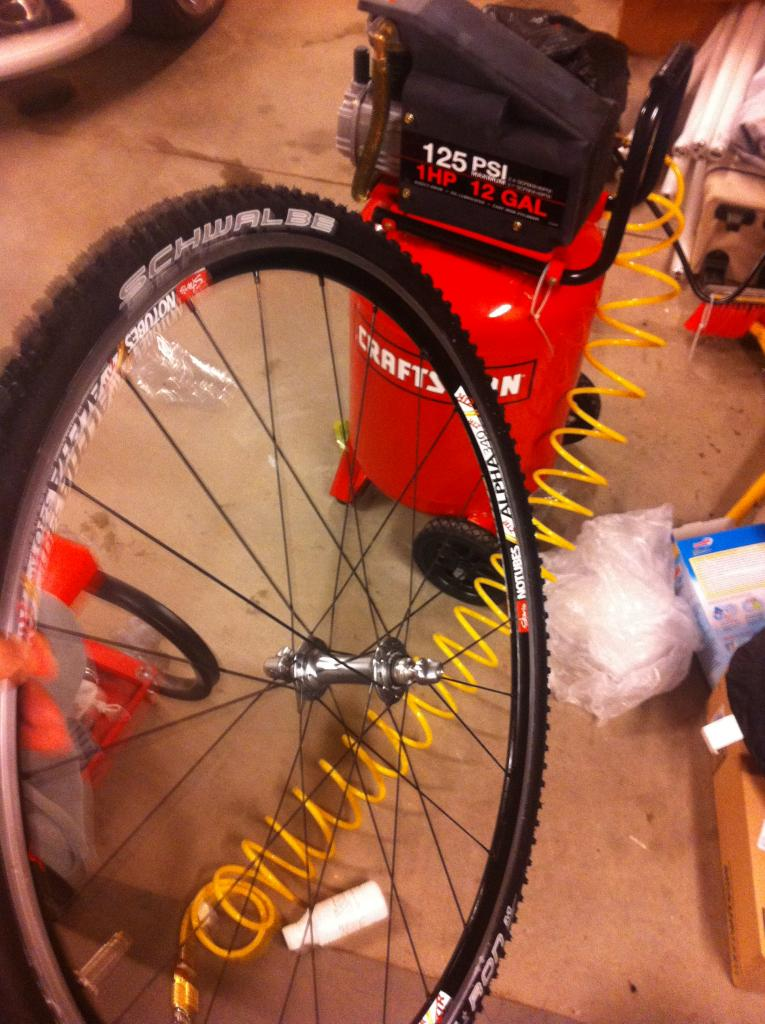 CX Tubeless setup thread-photo-12.jpg