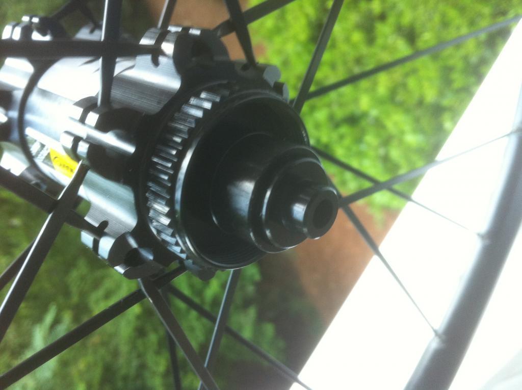Mavic hub adapter 15mm to 9mm - question-photo-2-3.jpg
