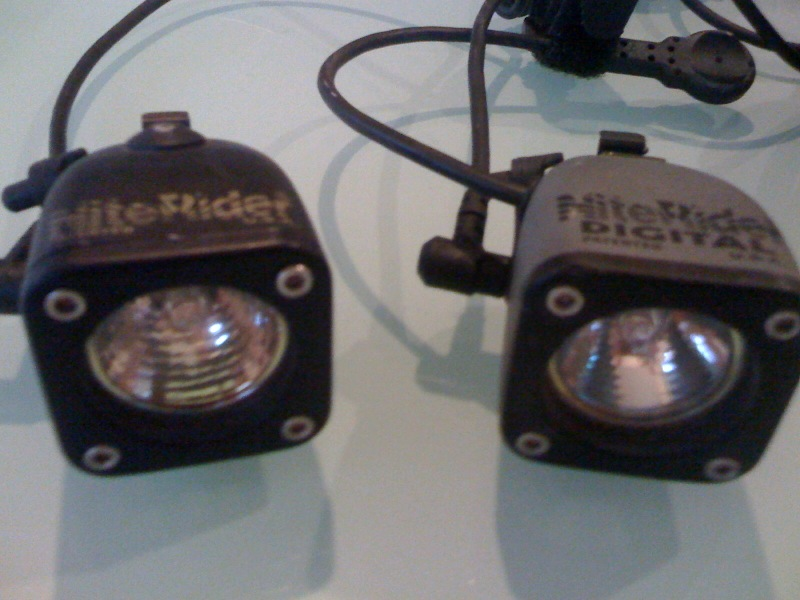 Can you swap these bulbs out for newer HID type?-photo-2.jpg