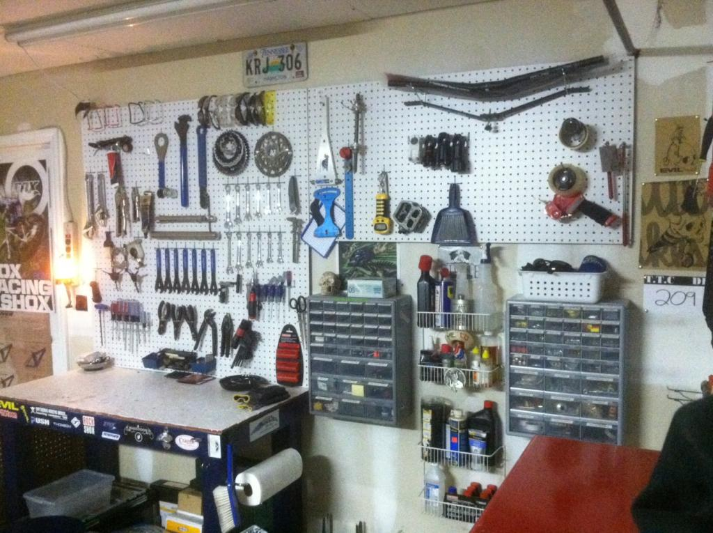 "The ""What's your shop look like?"" thread-photo-2-.jpg"