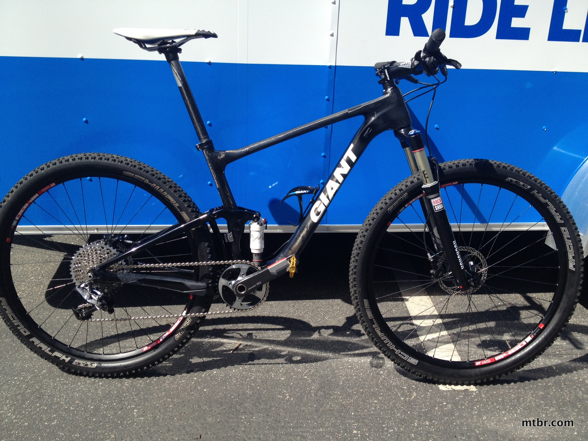 Giant 650b Carbon bike