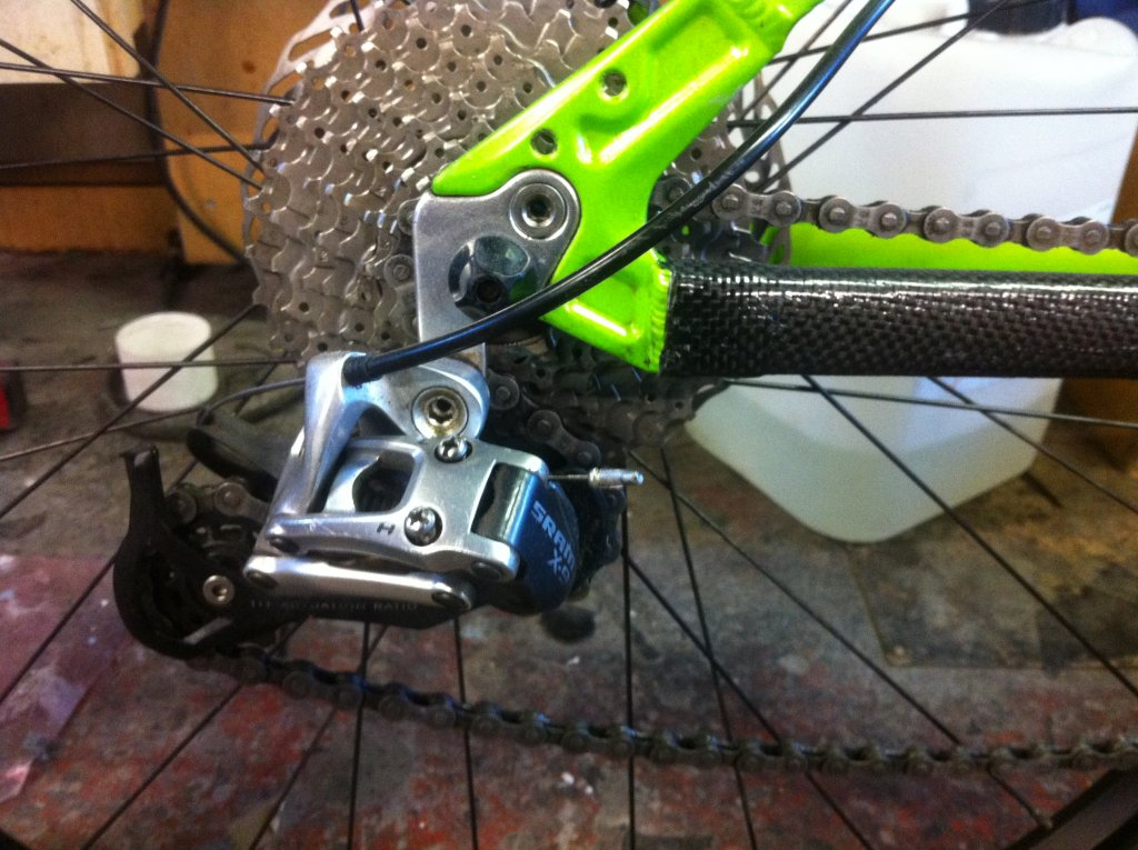 Home made chain stay protector and Rear mech protector. Carbon Fibre.-photo-23-10-2013-17-18-20.jpg