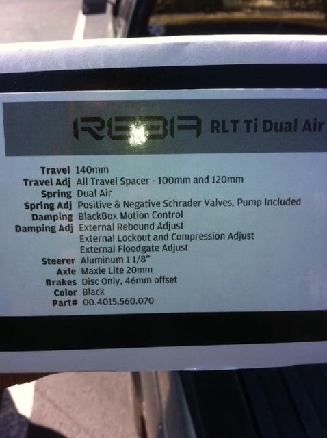"2011 Reba RLT Ti 29'er ""trail"" fork - minimum internally adjustable amount of travel?-photo.jpg"