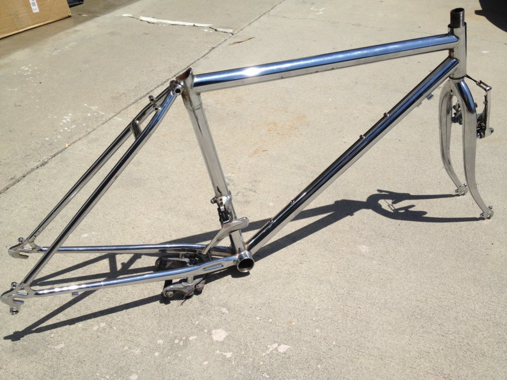 what is this??   chrome frame / forks-photo.jpg