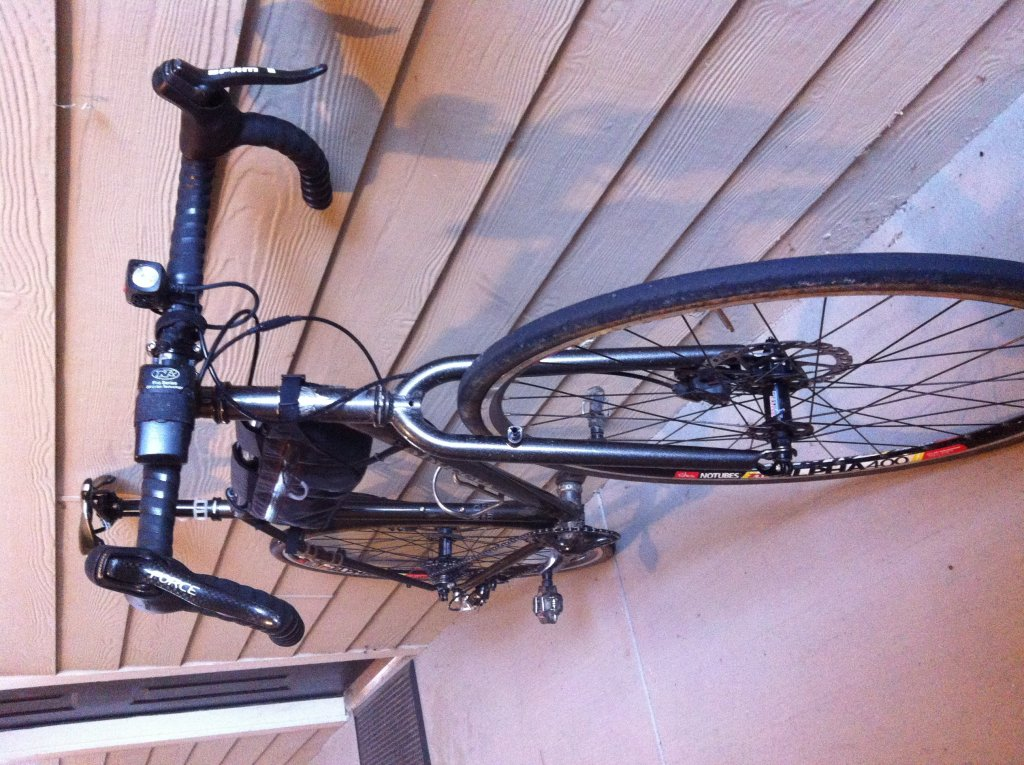 steel commuter frame-photo.jpg