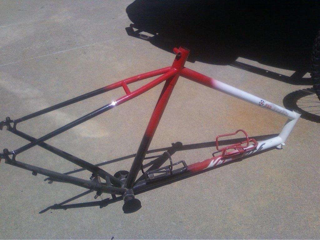 Info Needed Please: Mammoth RC201 RC202 Tracker Mountain Bike?-photo05301135_1.jpg