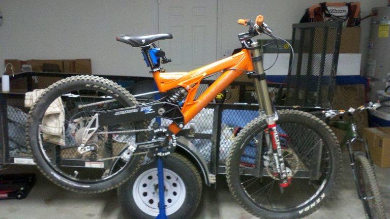 Old School DH bikes-photobucket-11501-1377342736059_zpsc4bc9463.jpg
