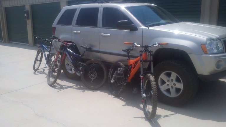 Old School DH bikes-photobucket-3356-1377343818557_zpse6c58e33.jpg
