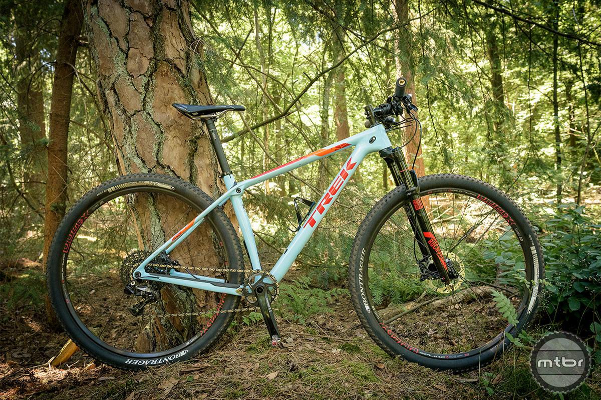 Trek Procaliber 9.8 SL whole bike. Photo by Jeroen Tiggelman