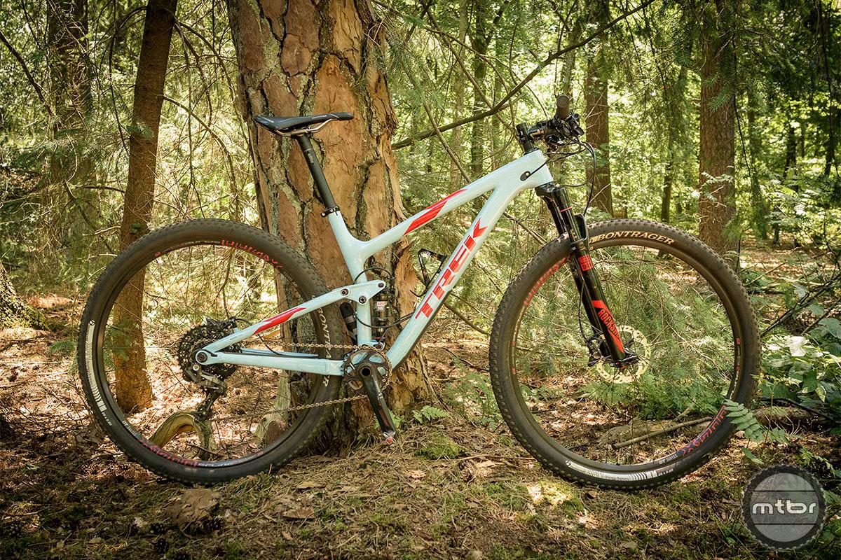 Trek Top Fuel 9.8 SL whole bike. Photo by Jeroen Tiggelman