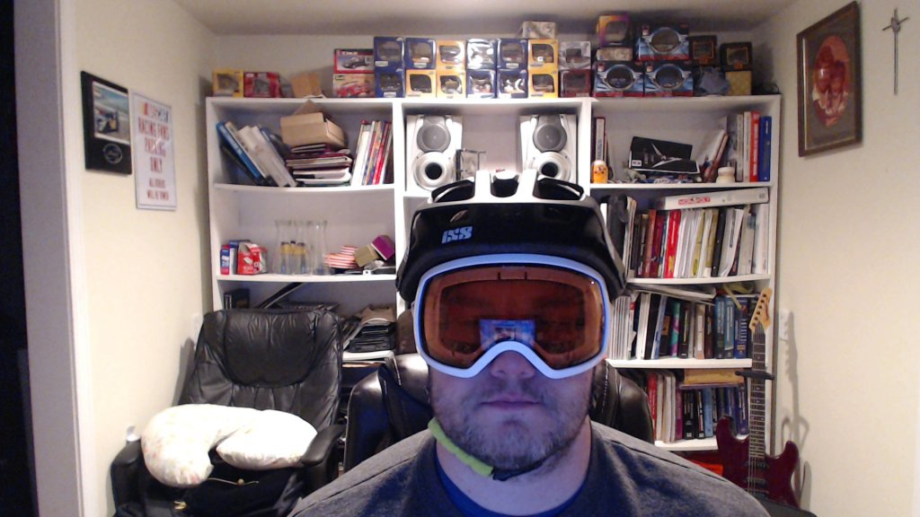Anybody wearing an IXS Trail RS helmet?-picture-4.jpg
