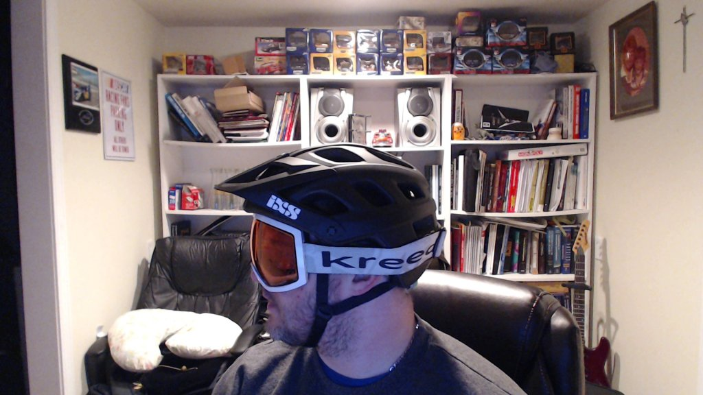 Anybody wearing an IXS Trail RS helmet?-picture-5.jpg