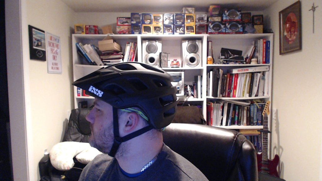 Anybody wearing an IXS Trail RS helmet?-picture-8.jpg