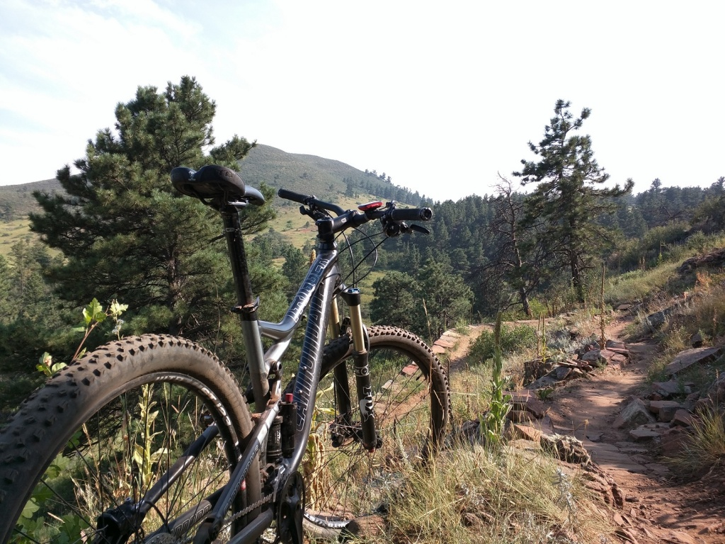 Post a pic of your Cannondale  29er-picture-rock2.jpg