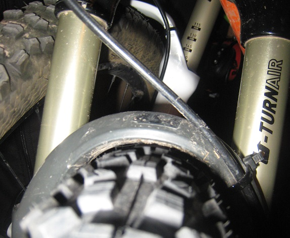 Modifying Pike fork arch for a big 650b (photo of a 2.35 HD on Pike included)...-pike1.jpg