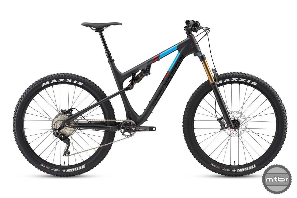 The 770 and 750 MSL are spec'd with wide bars, short stems, and quality components, but the extra cash for the 770 nets you several nice spec upgrades.