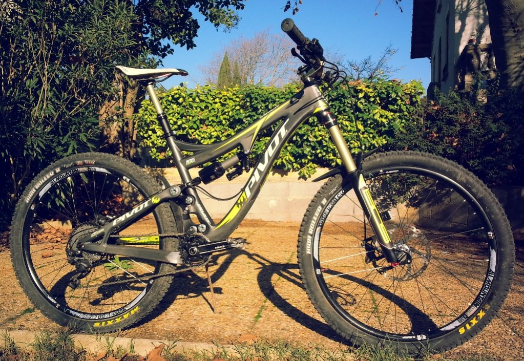 Zigzag's Mach 6 build from France and new cable routing-pivot-1.jpg