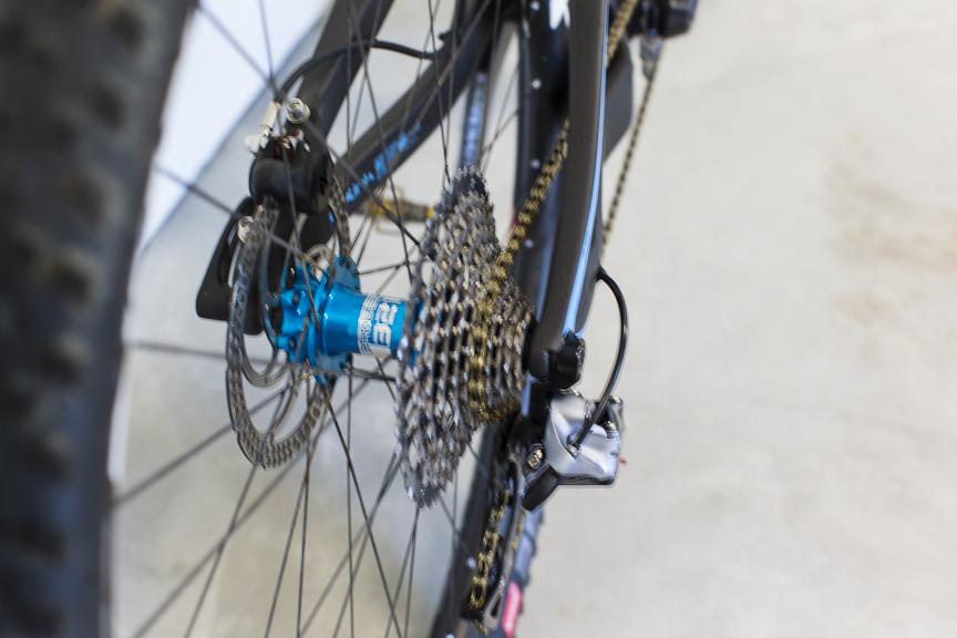 Post your light-weight bikes!-pivot-2-5-.jpg