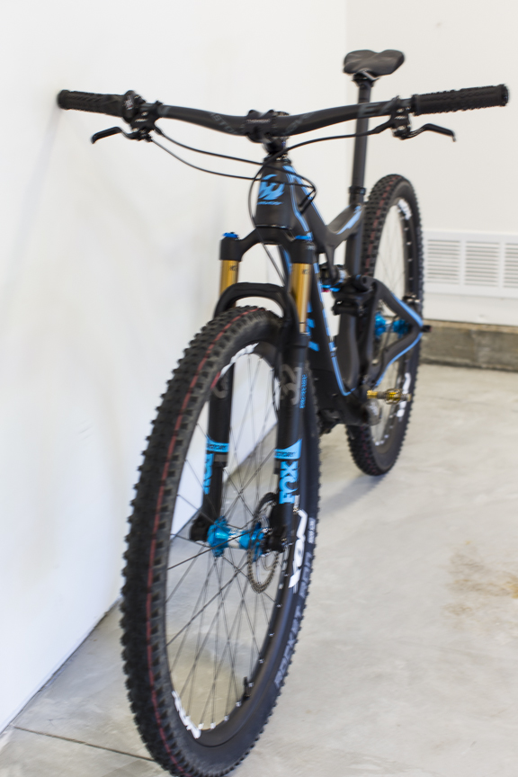 Post your light-weight bikes!-pivot-4-5-.jpg